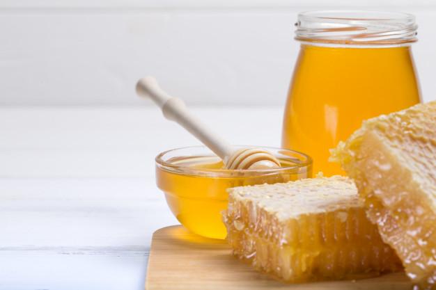 Trào ngược dạ dày có nên uống mật ong
