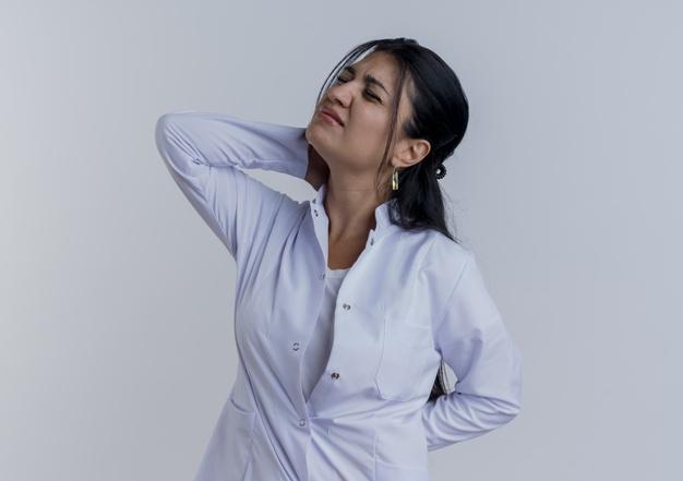 đau lưng trên là triệu chứng của bệnh gì