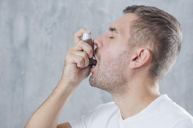 Tức ngực khó thở do hen suyễn