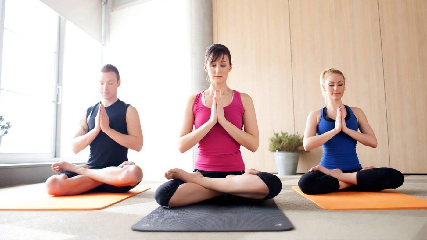 bai-tap-yoga-dieu-tri-roi-loan-than-kinh-thuc-vat